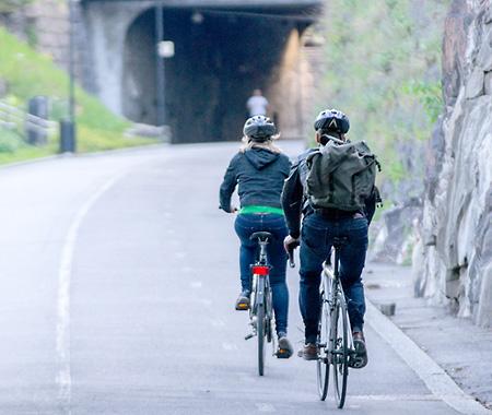 Pyöräilijöitä, Baana